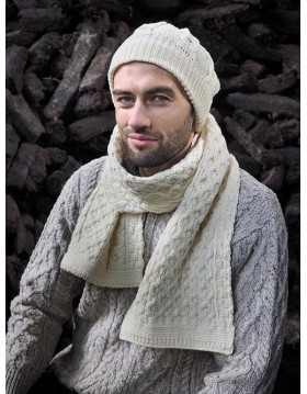 Cable Knitted Honeycomb Scarf 1